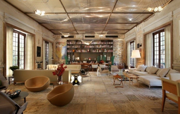 artistic-design-of-an-old-hotel-in-brazil-1