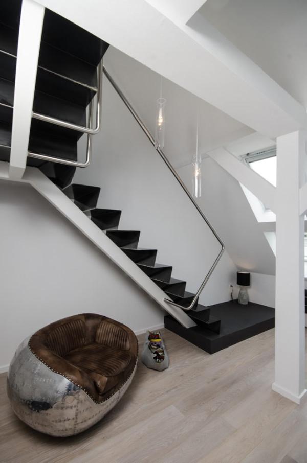 Attic apartment design ideas in Prague (15)