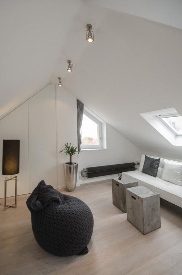 Attic apartment design ideas in Prague (18)