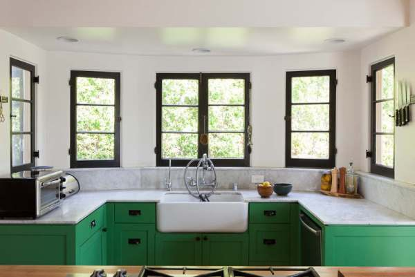 beautiful-and-funky-renovation-by-bestor-architects-2