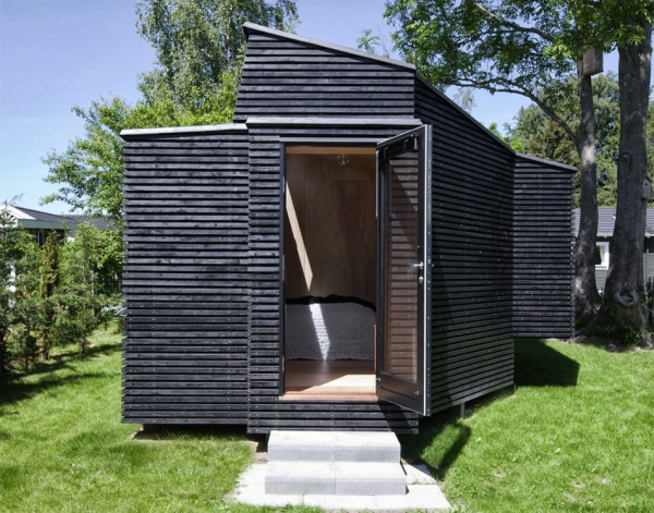 beautiful-and-inviting-a-tiny-guest-house-2