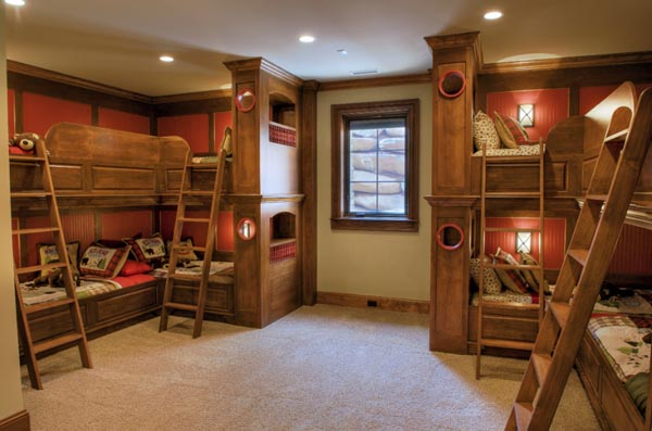 beautiful-and-practical-childrens-sleeping-nooks-13