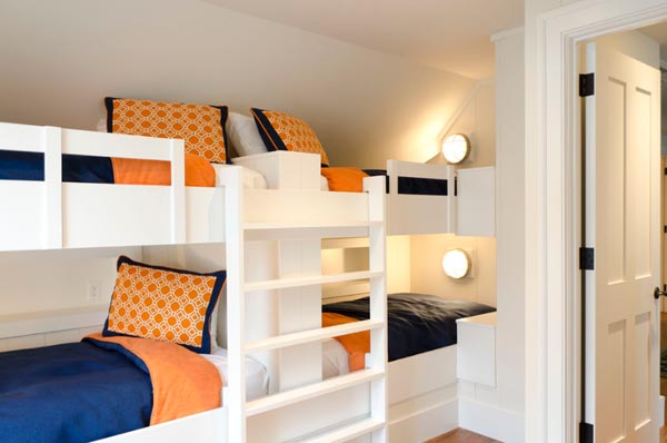 beautiful-and-practical-childrens-sleeping-nooks-16