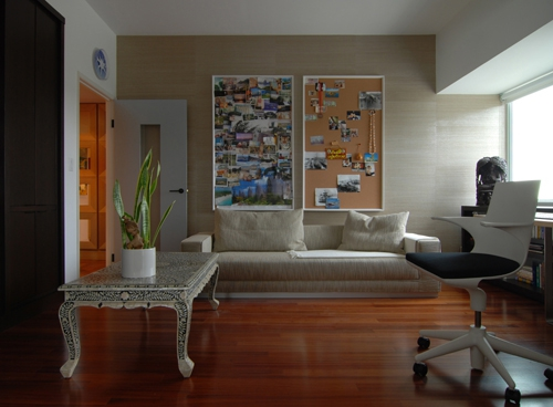 Beautiful apartment featuring an impressive art collection   (7)