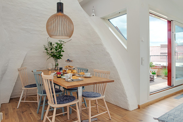 beautiful-attic-home-7