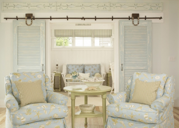 beautiful-beach-house-with-a-light-color-scheme-5