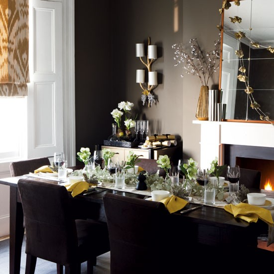 beautiful-christmas-table-decorations-7