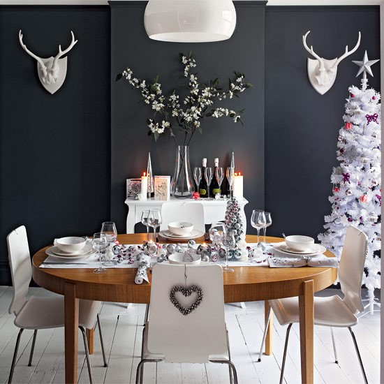 beautiful-christmas-table-decorations-8