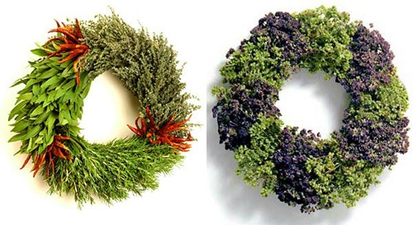 beautiful-christmas-wreaths-for-the-front-door-10
