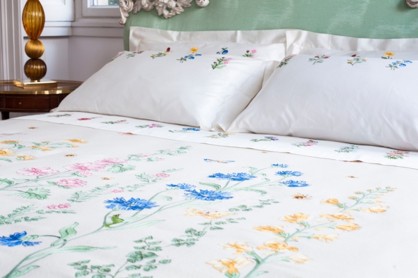 beautiful-home-linens-1