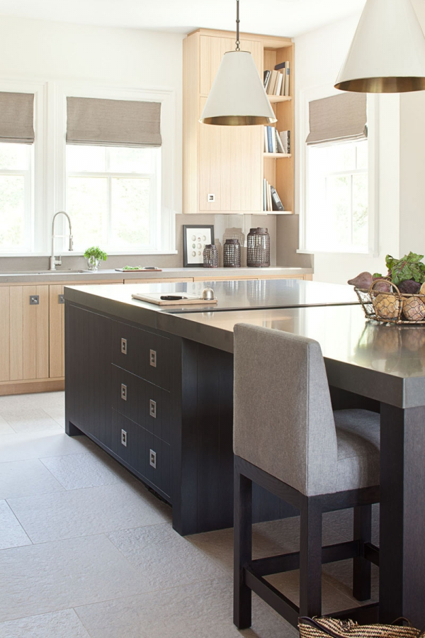 Beautiful home with a modern farmhouse twist (10)