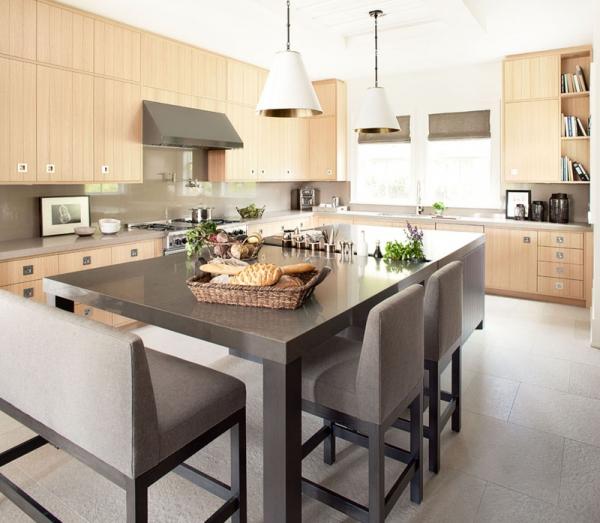 Beautiful home with a modern farmhouse twist (9)