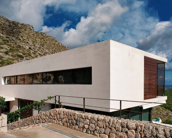 beautiful-house-design-in-spain-11