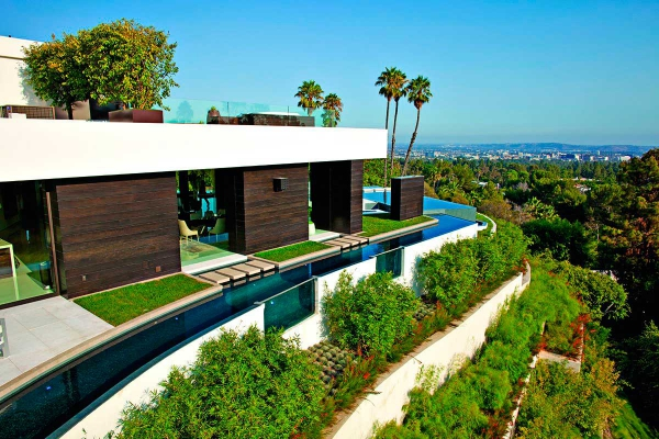 beautiful-luxury-property-in-beverly-hills-2