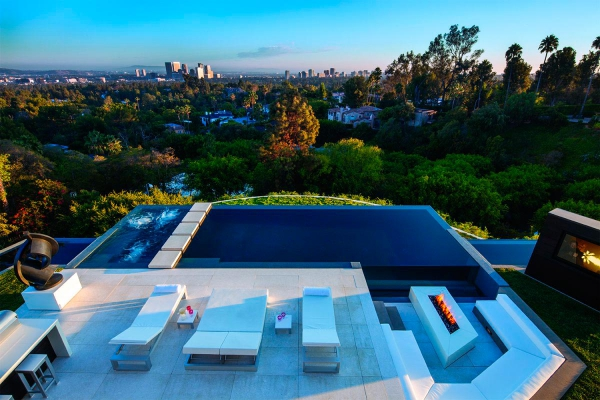 beautiful-luxury-property-in-beverly-hills-3