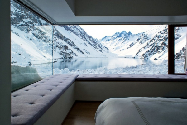 beautiful-mountain-chalet-tucked-away-in-the-andes-9