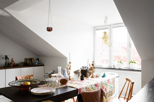 beautifully-carefree-an-attic-apartment-5