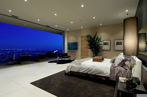 bedrooms-with-remarkable-views-9