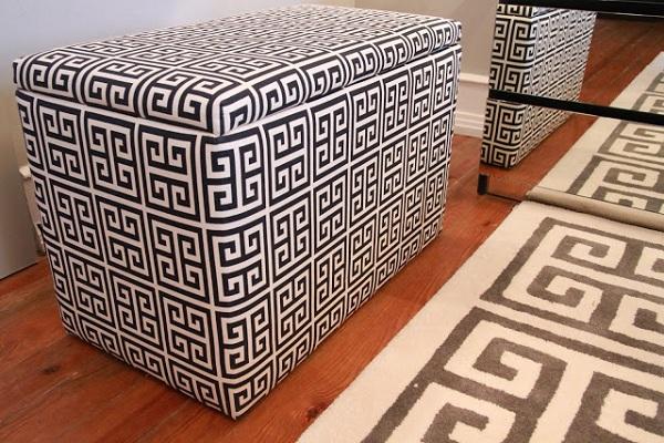 black-and-white-bedroom-design-11