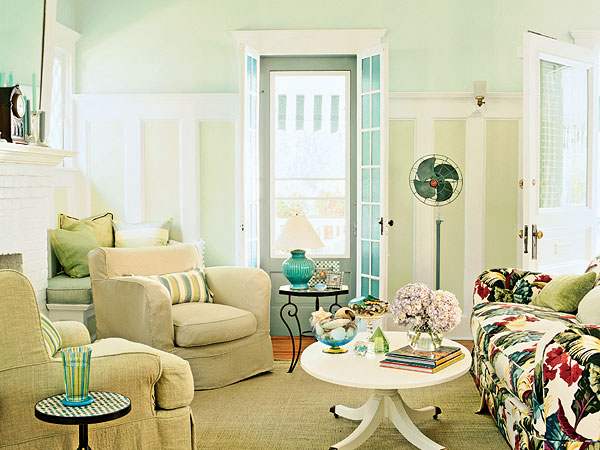 blue-in-the-living-room-14