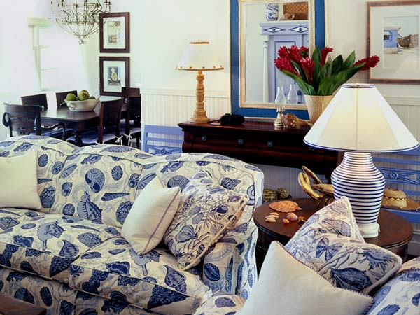 blue-in-the-living-room-3