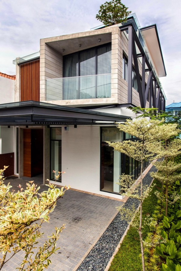 Modern semi detached house in singapore adorable home for Semi d house garden design