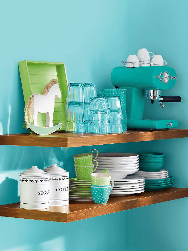 bright-and-adorable-a-small-kitchen-4