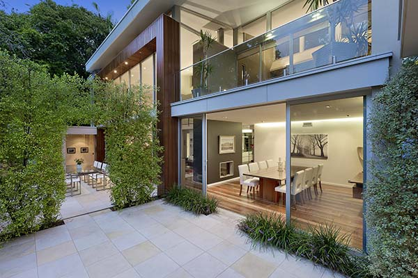 bright and spacious house (1).jpg