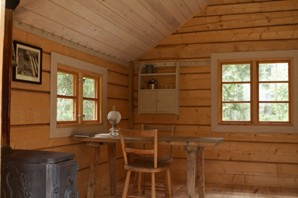 Cabin interior designs adorable home for Interior designs for small cabins