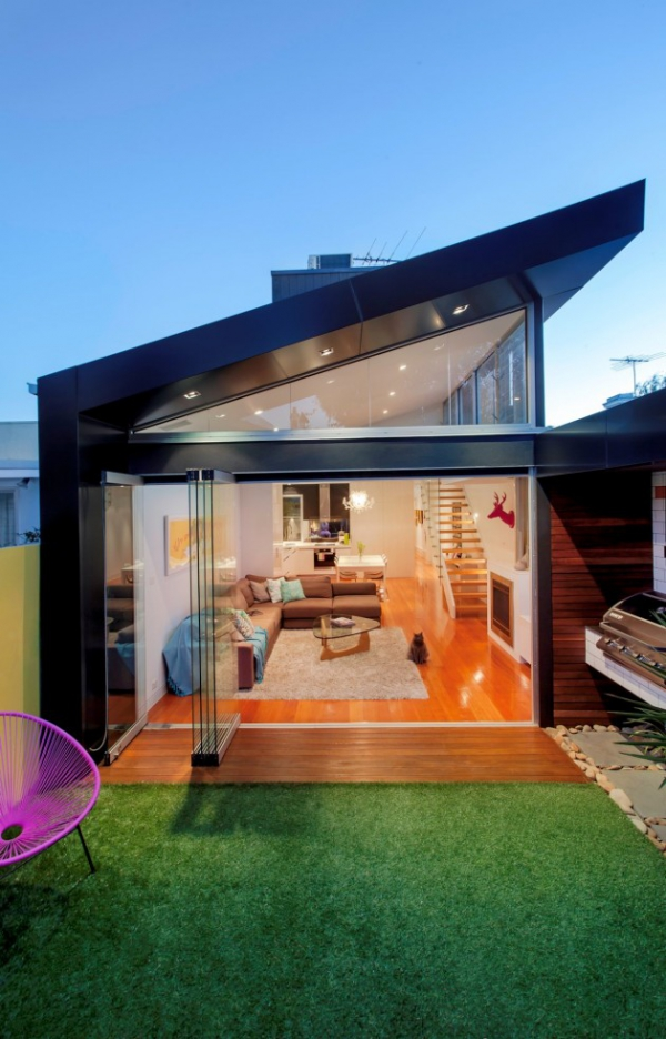 Charming and playful contemporary house addition (3)