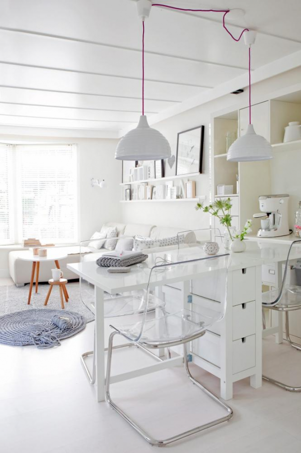 charming-and-simplified-white-house-4