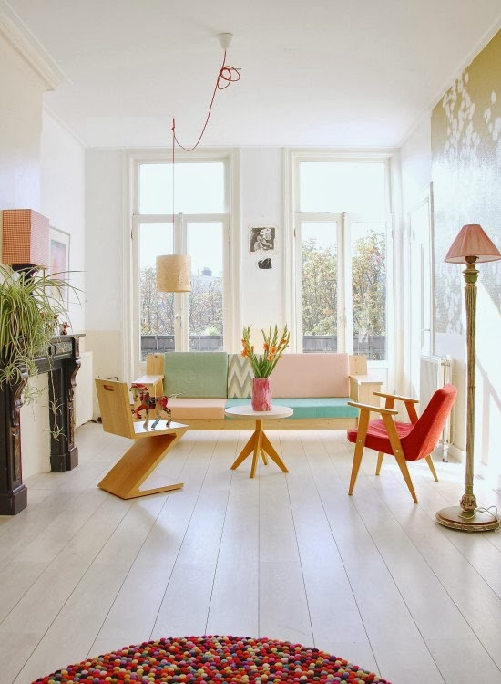 cheerful-apartment-with-a-shabby-chic-appeal-1
