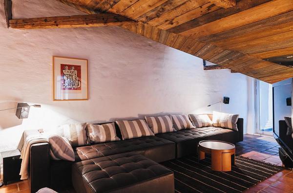 chic-stockholm-apartment-design-17