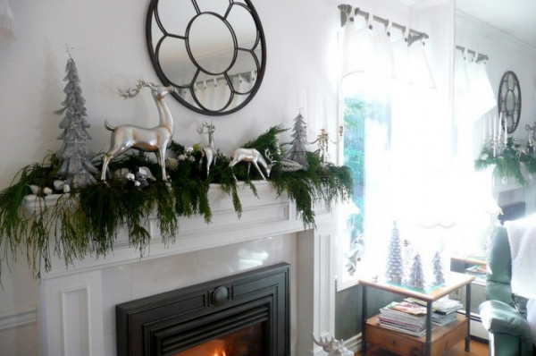 christmas-mantelpiece-decorating-ideas-4