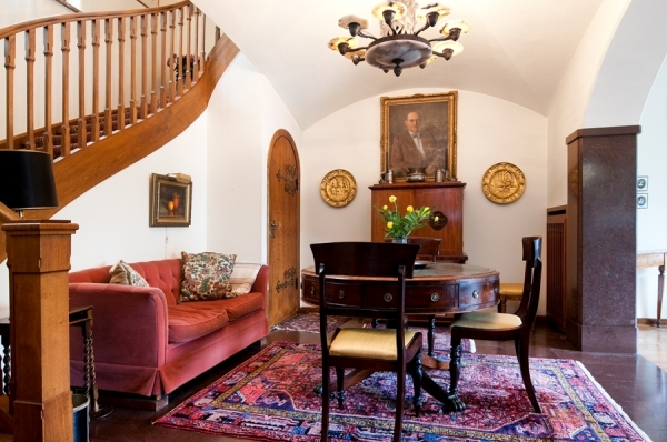classic-house-design-2