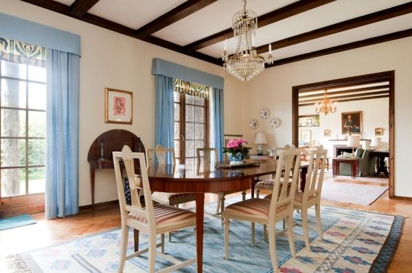 classic-house-design-5