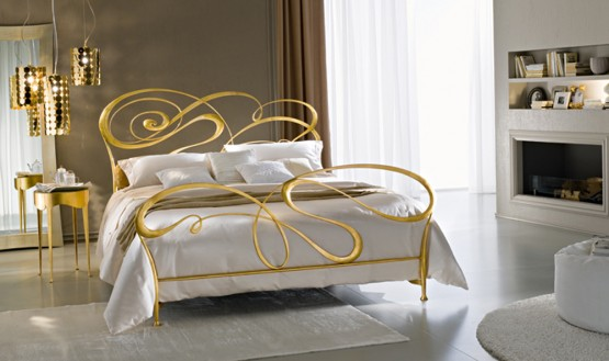 classic-wrought-iron-beds-by-ciacci-1