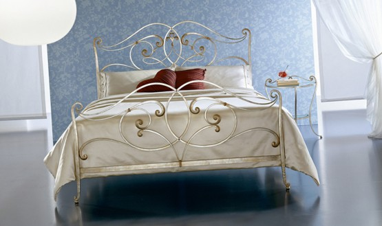 classic-wrought-iron-beds-by-ciacci-12
