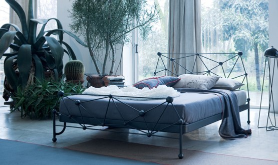 classic-wrought-iron-beds-by-ciacci-2
