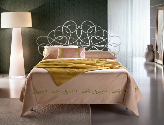 classic-wrought-iron-beds-by-ciacci-20