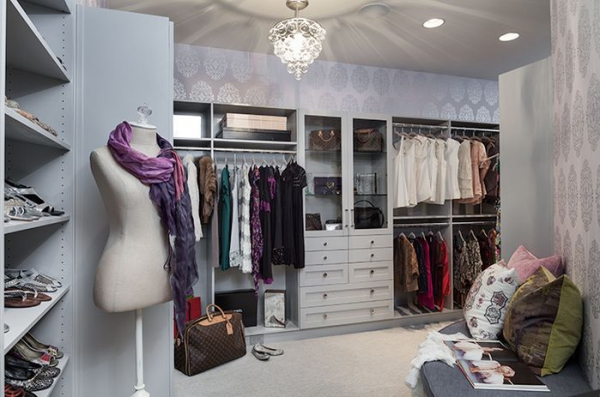 Closet designs your clothes would die for  (1).jpg