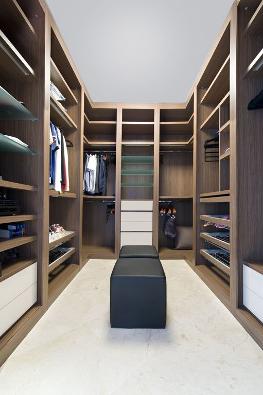 Closet designs your clothes would die for  (2).jpg