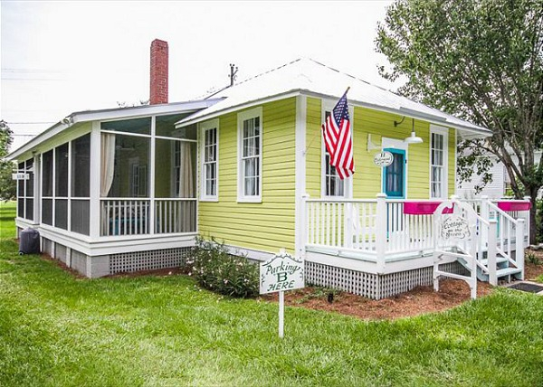 colorful-cottage-with-the-cuteness-factor-1
