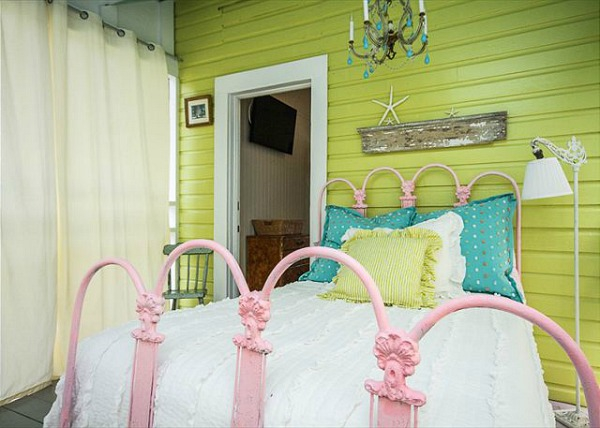 colorful-cottage-with-the-cuteness-factor-8