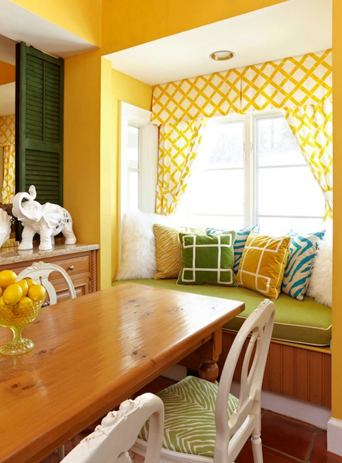colorful-living-room-designs-9