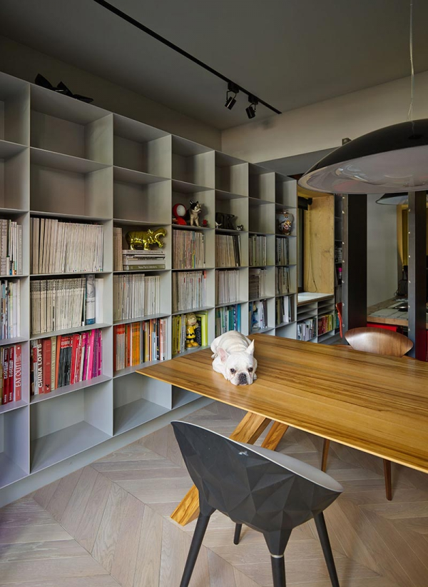 Compact home and office in downtown Taipei (3)