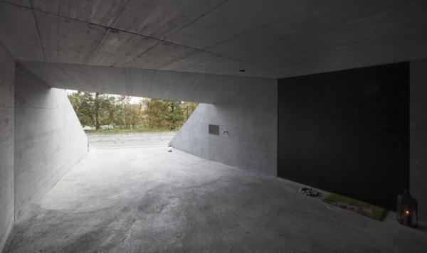 Concrete ideas and contemporary purple interiors (19)