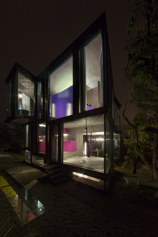 Concrete ideas and contemporary purple interiors (3)
