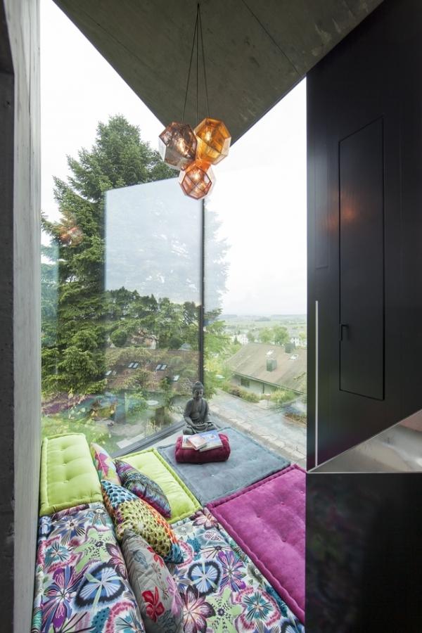 Concrete ideas and contemporary purple interiors (6)