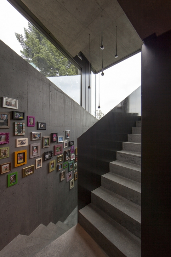 Concrete ideas and contemporary purple interiors (9)